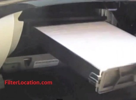 Acura RL reinstal the air cabin filter