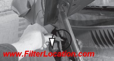 Alfa Romeo 156 cabin air filter location