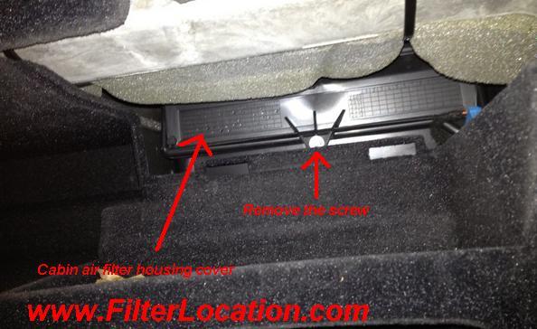 Alfa Romeo 159 locate cabin housing cover