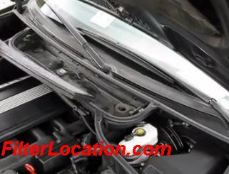 BMW 320i cabin air filter replacement