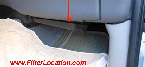 Ford F150 cabin air filter localization