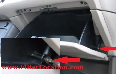 locate 2004-2009 toyota sienna cabin air filter