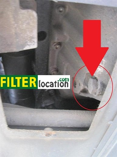 Locate Golf V drain plug to relase the engine oil